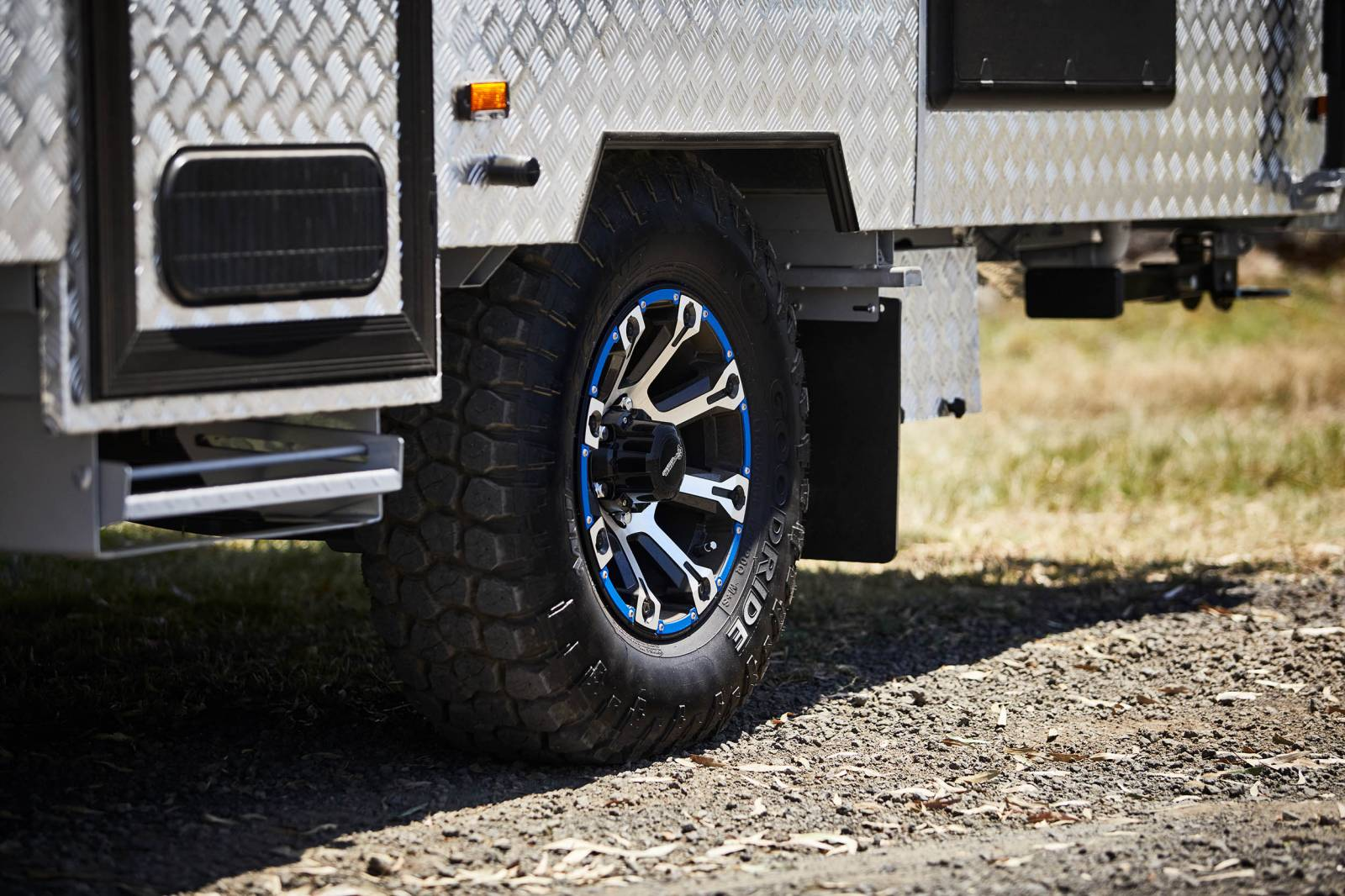 Should I get bigger tyres for my tow vehicle?