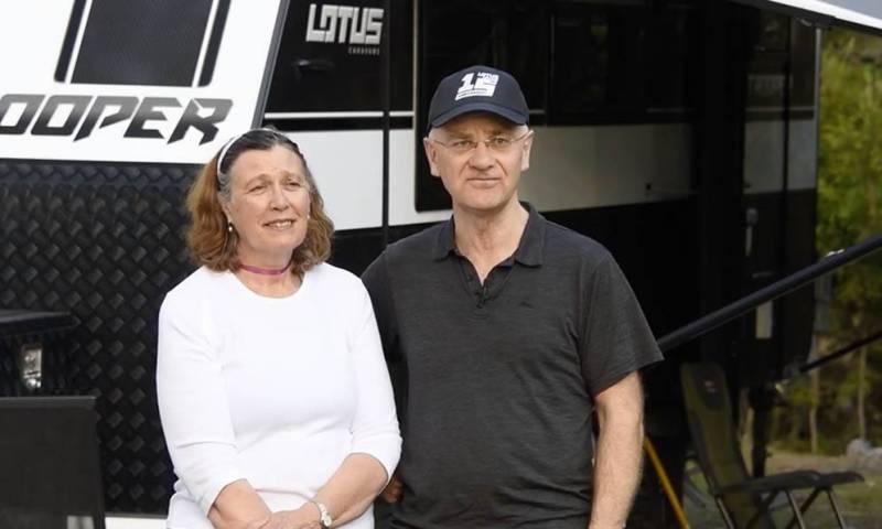 Lotus Caravan Owners: Graeme & Julie England