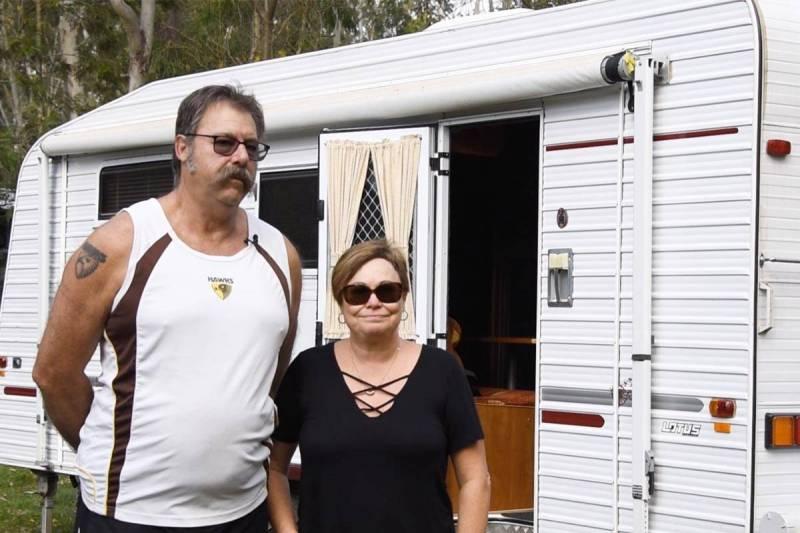 Lotus Caravan Owners: Steve & Jeannie Dawber
